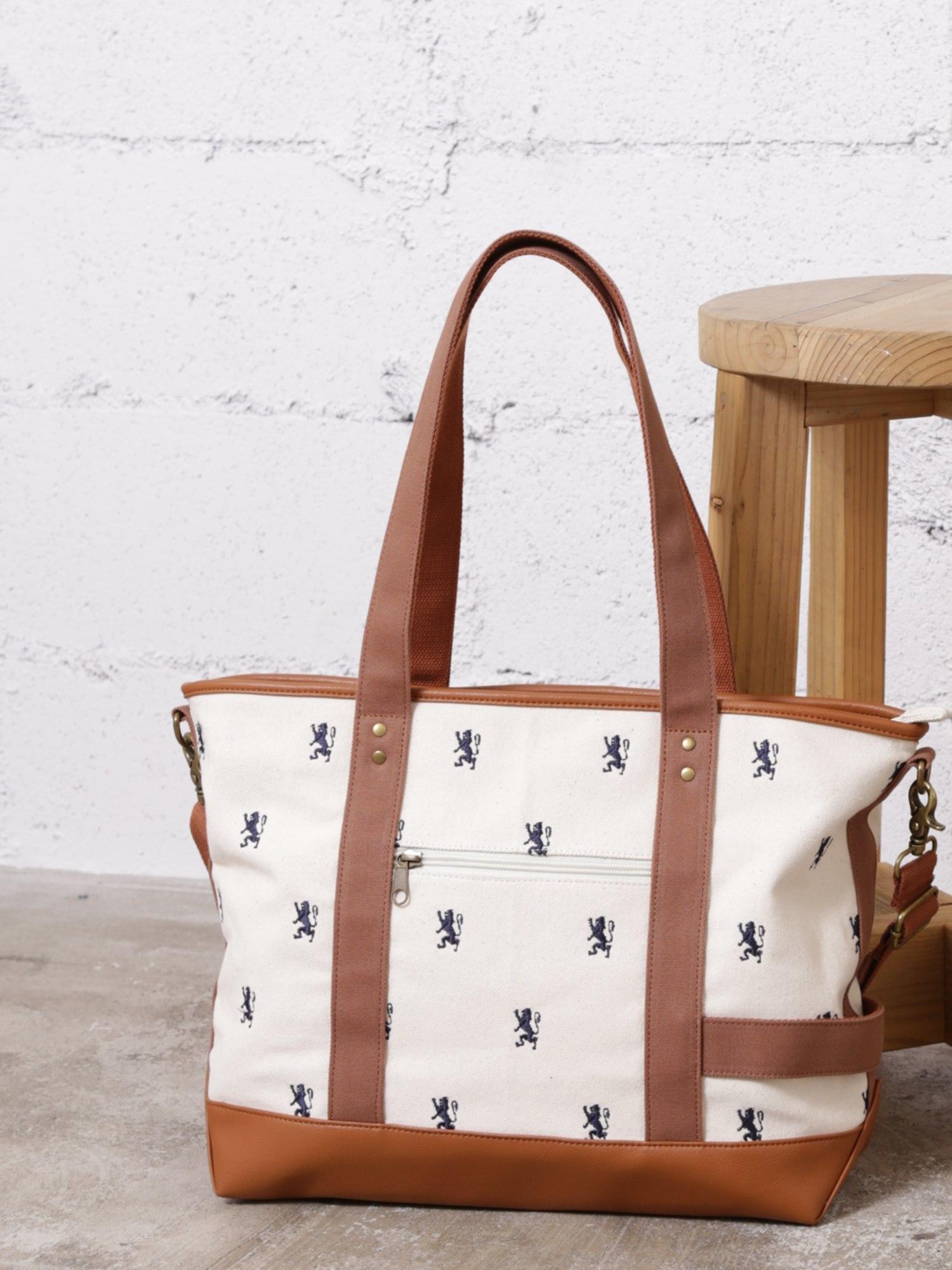 [12/28まで限定価格]ライオン総柄刺繍キャンバストートバッグ